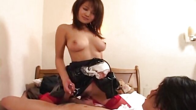 Morena caliente se señoras tetonas mexicanas divierte con su mejor amiga y juguetes sexuales