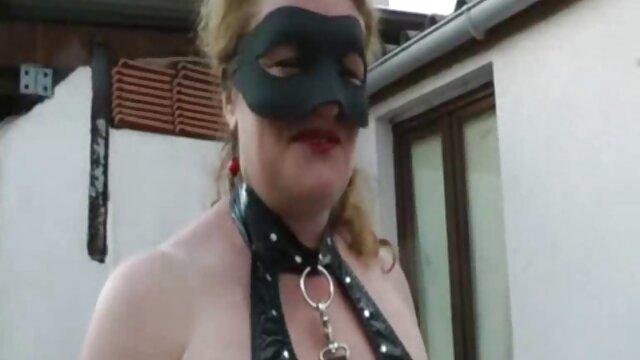 Morena videos de señoras mexicanas cojiendo apasionada y rubia desinhibida tienen sexo lésbico