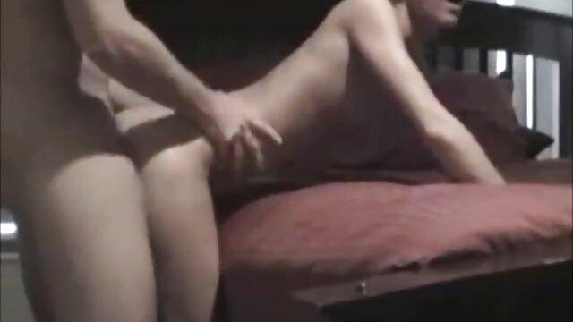 Al masajista le gustaron cogiendo con señoras mexicanas las bonitas tetas y se divorció del cliente por sexo