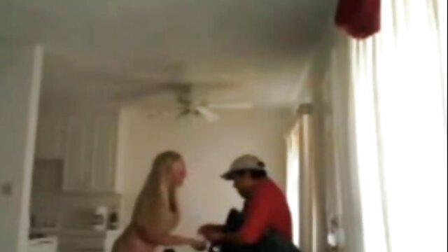 El maromo espió la masturbación de su propia madre y le señoras casadas mexicanas xxx ofreció incesto
